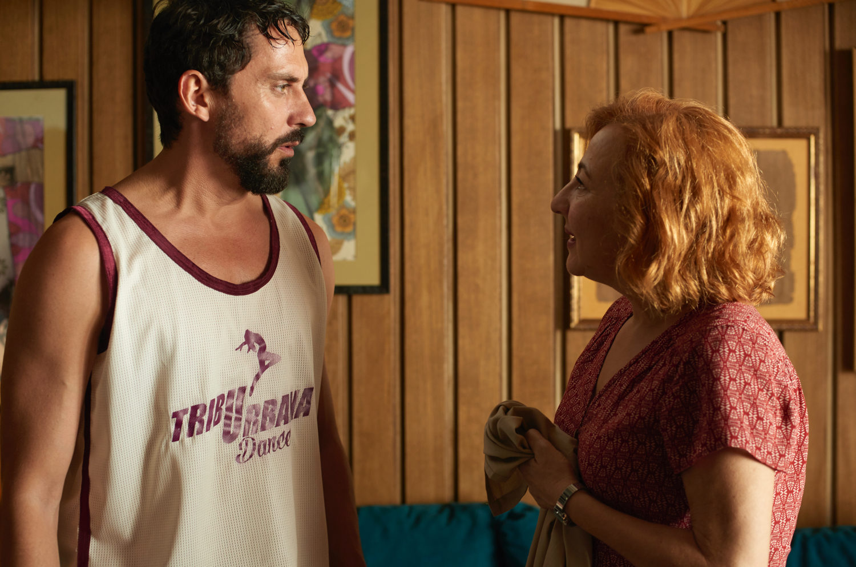 Carmen Machi y Paco León pelicula tribu