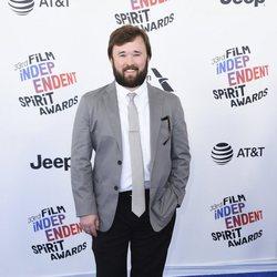 Haley Joel Osment en los Spirit Awards 2018