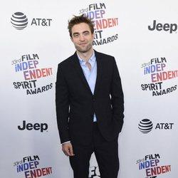 Robert Pattinson en los Spirit Awards 2018