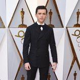 Tom Holland en la alfombra roja de los Oscar 2018
