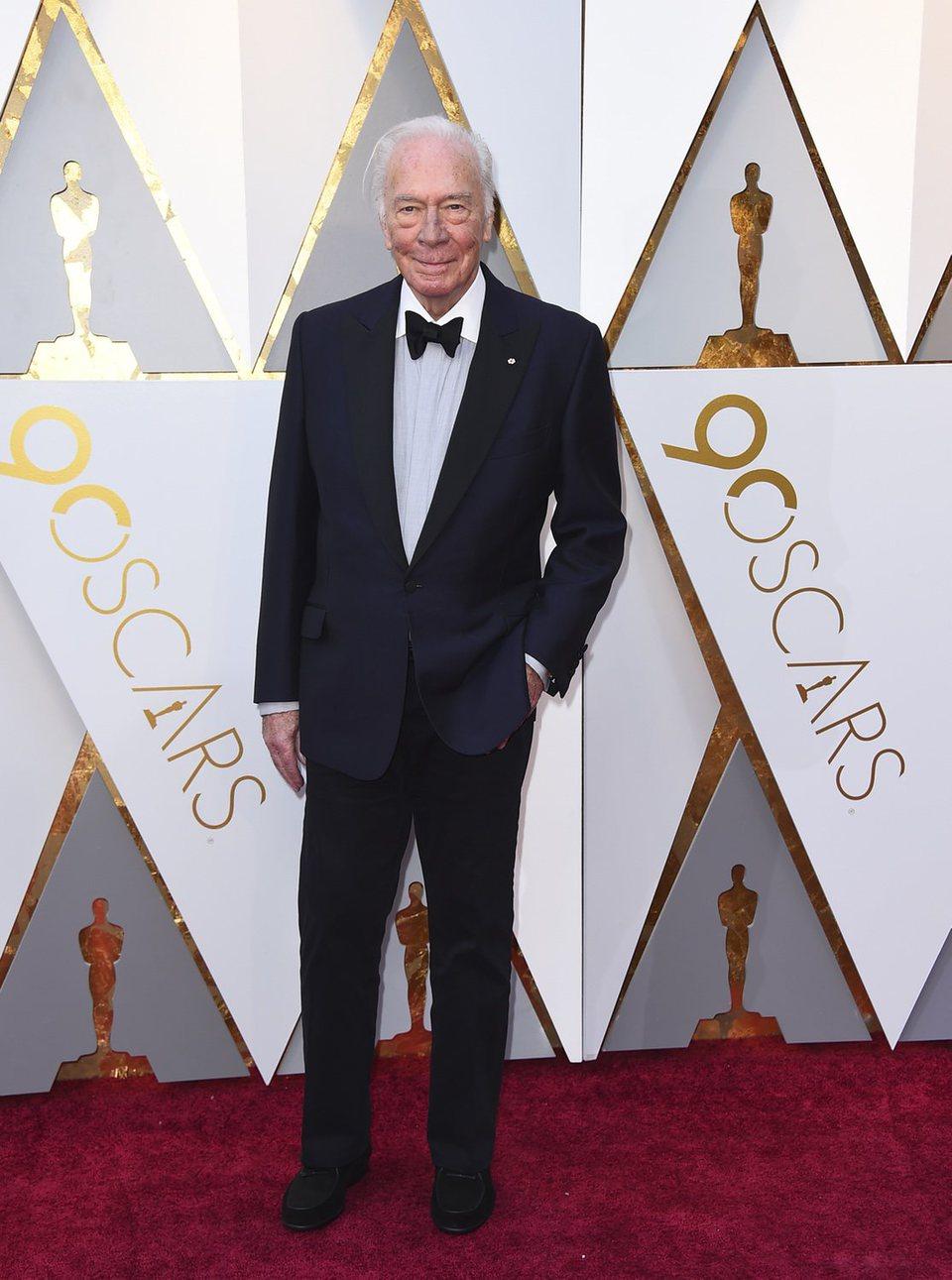 Christopher Plummer en la alfombra roja de los Oscar 2018