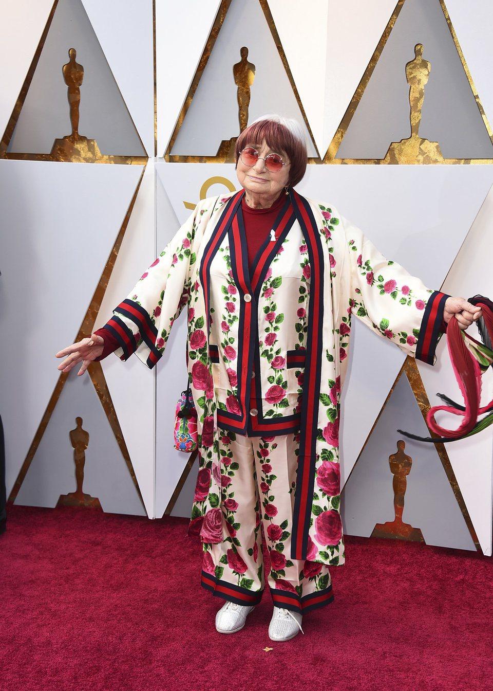 Agnes Varda en la alfombra roja de los Oscars 2018