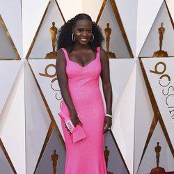 Viola Davis en la alfombra roja de los Oscar 2018