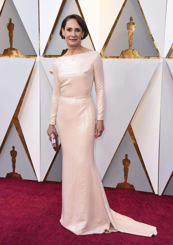 Laurie Metcalf en la alfombra roja de los Oscar 2018