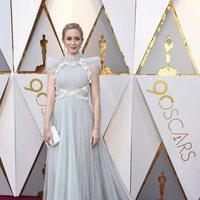 Emily Blunt en la alfombra roja de los Oscar 2018
