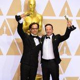 Dan Cogan y Bryan Fogel ganadores del Oscar al Mejor Documental por 'Ícaro'