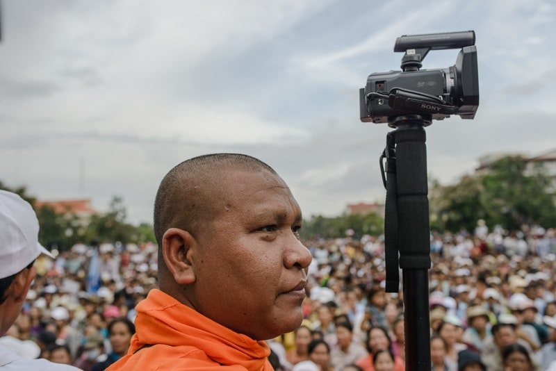 A Cambodian Spring, fotograma 23 de 23