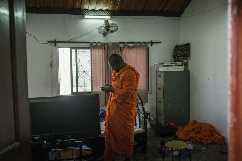 A Cambodian Spring, fotograma 9 de 23