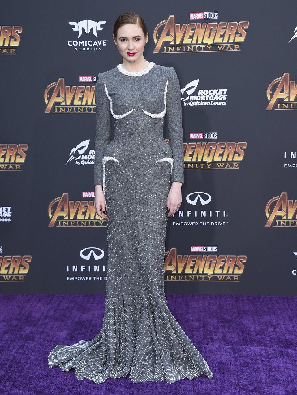 Karen Gillan posa en la premiere mundial de 'Vengadores: Infinity War'