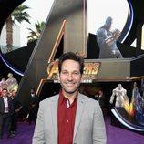 Paul Rudd posa en la alfombra púrpura de la premiere mundial de 'Vengadores: Infinity War'