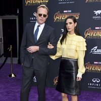 Paul Bettany y Jennifer Connelly juntos en la premiere de 'Vengadores: Infinity War'