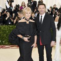 Hugh Jackman y su mujer Deborra-Lee Furness en la Gala Met 2018