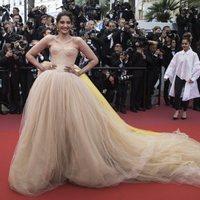 Sonam Kapoor asiste a la premiere de 'Han Solo: Una historia de Star Wars' durante el Festival de Cannes