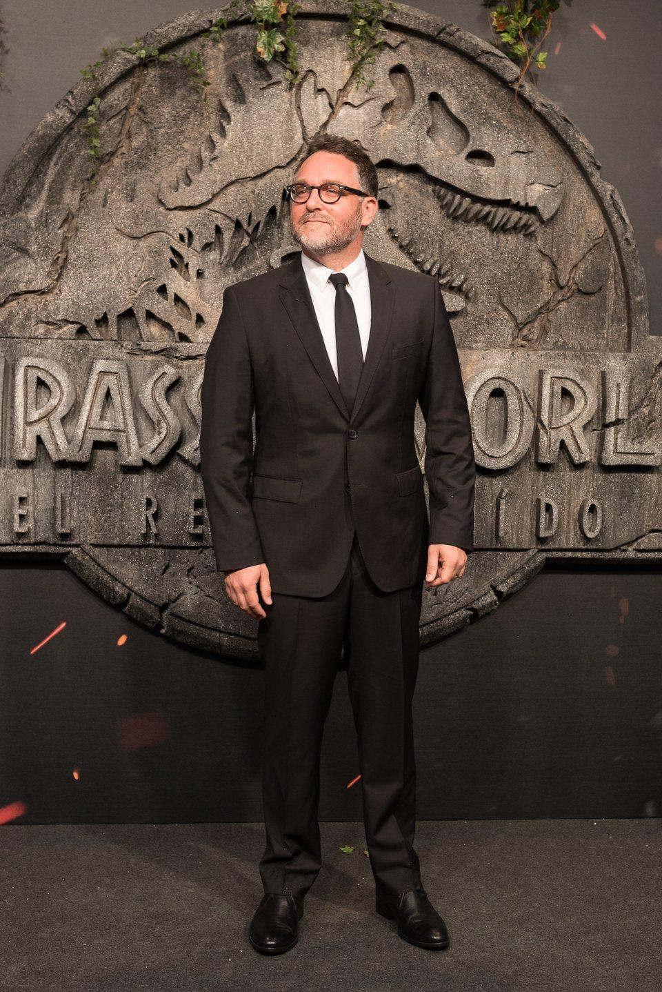 Colin Trevorrow en la premiere mundial de 'Jurassic World: El reino caído' en Madrid