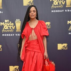 Tessa Thompson en la alfombra roja de los MTV Movie & TV Awards 2018