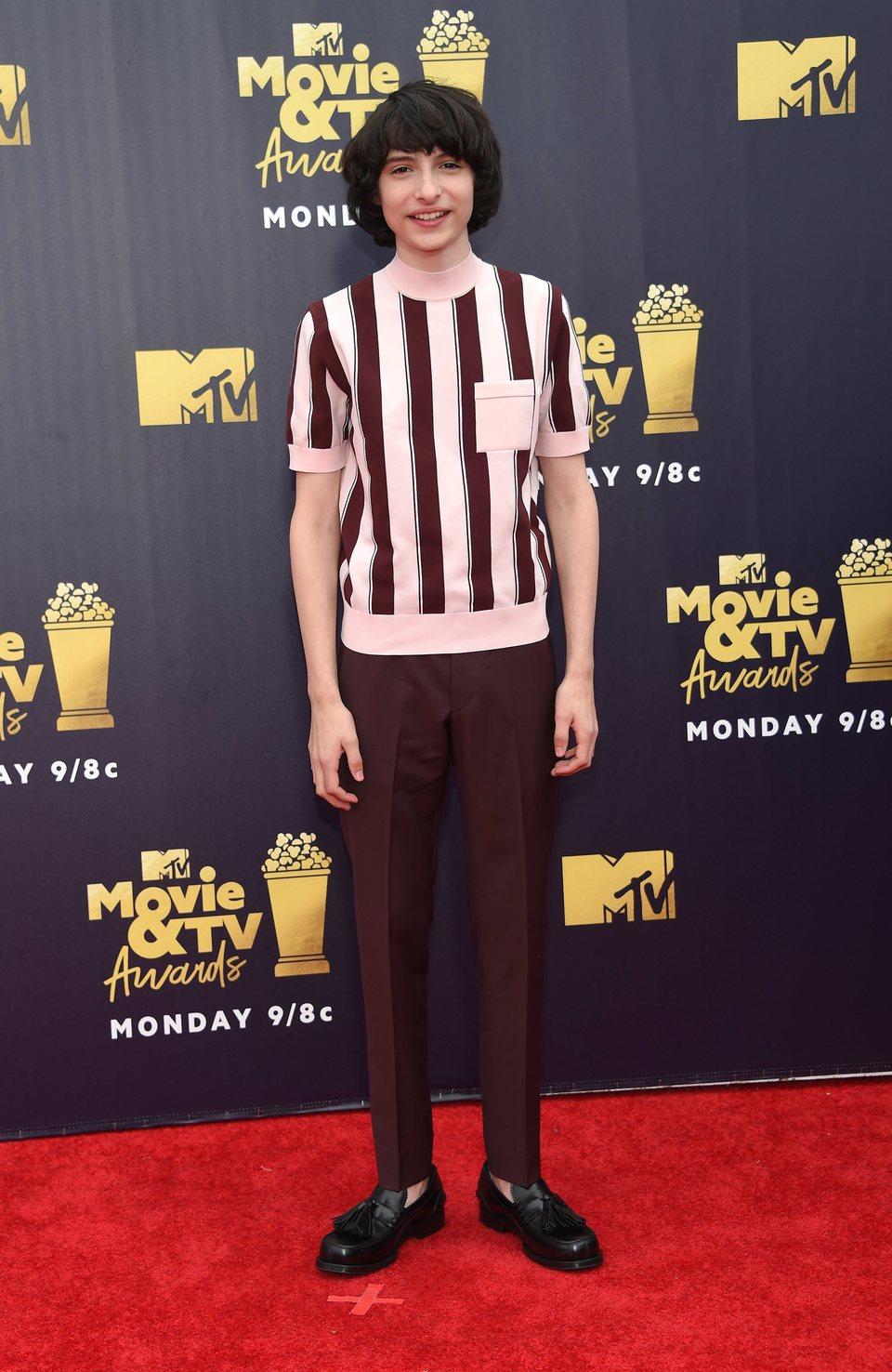 Finn Wolfhard en la alfombra roja de los MTV Movie & TV Awards 2018