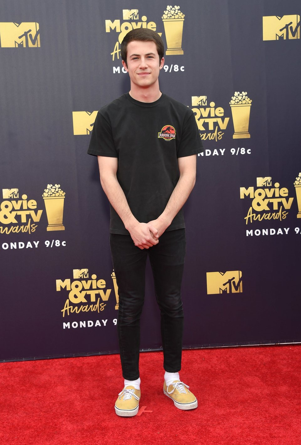 Dylan Minnette en la alfombra roja de los MTV Movie & TV Awards 2018