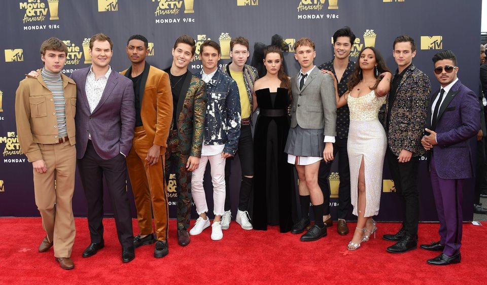 Los actores de 'Por trece razones' en la alfombra roja de los MTV Movie & TV Awards 2018