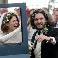 Kit Harington y Rose Leslie abandonan la ceremonia