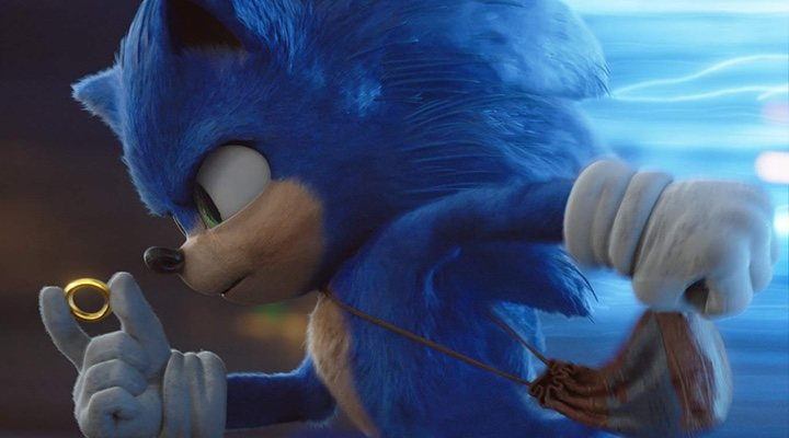 'Sonic the Hedgehog' is criticised for its cliché plot and flat jokes in the first batch of reviews