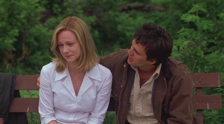Laura Linney and Mark Ruffalo play two siblings rebuilding their relationship in 'You Can Count on Me'