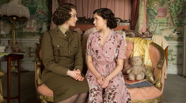 'A Royal Night Out' is loosely based on Princess Elizabeth and Princess Margaret's celebrations on V.E. Day