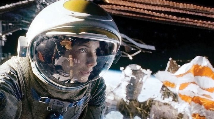 'Gravity' is an outer-space set film that delights and overwhelms the senses