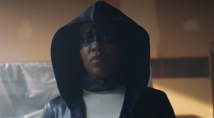 Regina King shines as Angela Abar in 'Watchmen'