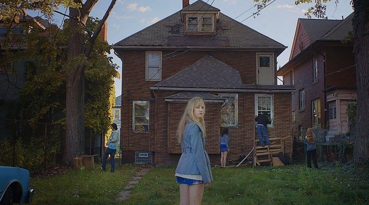 'It Follows' is one of the definitive teen horror films of the decade
