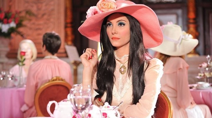 'The Love Witch' proves that horror can be bright, colourful and feminist, too