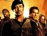 Sylvester Stallone se lia a balazos en el primer clip de 'Los mercenarios 2'