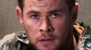 Aparecen 3 nuevas imágenes de Chris Hermsworth y Josh Hutcherson en 'Amanecer rojo'