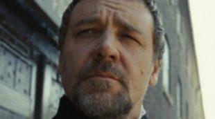 El cantante Adam Lambert critica a los actores de 'Los Miserables' y Russell Crowe le responde