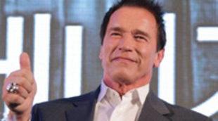 Arnold Schwarzenegger podría co-protagonizar el remake de 'El vengador tóxico'