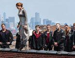 Shailene Woodley al borde del abismo en una imagen de 'Divergente'