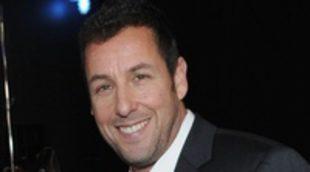La compañía de Adam Sandler ha sido demandada por un accidente durante el rodaje de 'Desmadre de padre'