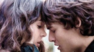 Primer vistazo al póster y el nuevo tráiler de 'Romeo y Julieta', protagonizada por Hailee Steinfeld y Douglas Booth