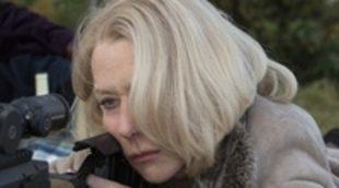 Helen Mirren mantiene una peculiar conversación telefónica con Bruce Willis en este clip exclusivo de 'RED 2'