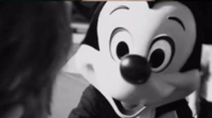 'Escape from Tomorrow', la película rodada sin permiso en los parques Disney, presenta su primer tráiler