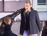 Johnny Depp ha sido pillado con los pantalones por los tobillos en el rodaje de 'Mortdecai'