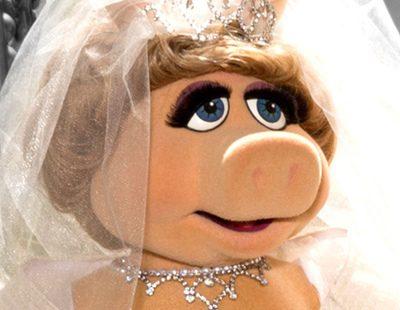 Cerdita peggy vestida de novia