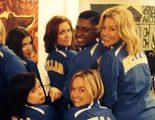 Las Barden Bellas posan juntas en el set de rodaje de 'Dando la nota 2'