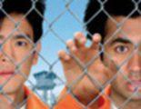 Cartel en castellano de 'Dos colgaos muy fumaos: fuga de Guantánamo'