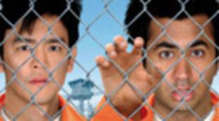Cartel en castellano de \'Dos colgaos muy fumaos: fuga de Guantánamo\'