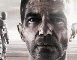 Antonio Banderas preocupado en los dos nuevos pósters de 'Autómata'