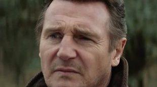 Liam Neeson persigue a unos secuestradores en el tráiler en español de 'Caminando entre las tumbas'