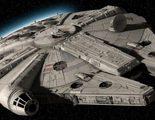 J.J. Abrams muestra el Halcón Milenario de 'Star Wars: Episodio VII' con sorpresa incluida
