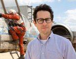 J.J. Abrams celebra el final del rodaje de 'Star Wars: Episodio VII' con una carta para el equipo