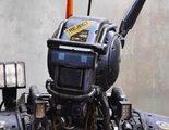 El nuevo póster de 'Chappie' presenta a su robot protagonista