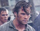 La expedición liderada por Chris Hemsworth se complica en el nuevo tráiler de 'En el corazón del mar'
